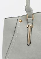 BLACKCHERRY - Shoulder Bag Grey