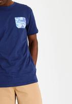 DC - Faded Geo Short Sleeve Pocket Tee Blue