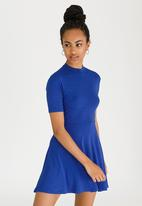 c(inch) - Open Back Dress Mid Blue