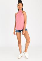 c(inch) - Open Back Top Pale Pink