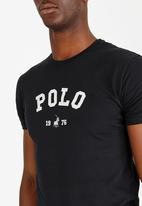 POLO - Classic printed tee - black