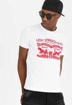 Levi's® - 2 Horse Pull Tees White