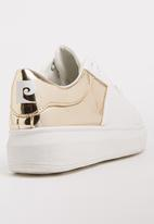 Pierre Cardin - Metallic Detail Sneakers Gold