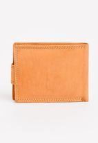 STYLE REPUBLIC - Ferradini Leather Wallet Camel