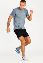 Nike - NK Dry Miler Top Pale Blue