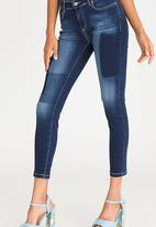 STYLE REPUBLIC - Tinted Patch Skinny Jeans Dark Blue