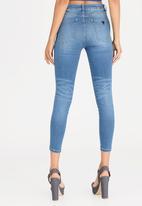 GUESS - Guess Power Curvy Jeans Pale Blue