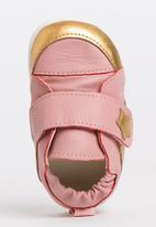 shooshoos - Home  Grown  Sneaker Mid Pink