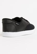 SOVIET - Stoke PU Low Cut Sneakers Black