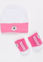 Converse - 2 pack Hat & Booties set Mid Pink