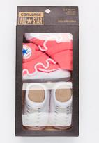 Converse - 2 Pack Frilly Chuck Booties White