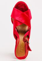Zoom - Candice Embroidered Heels Red
