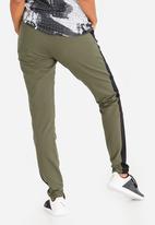 Reebok - Training Slim Jogger Green