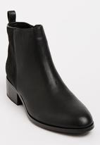 Julz - Leather Ankle Boots Black