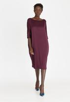 Isabel de Villiers - Cocoon Satin-like Dress Burgundy