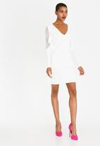 c(inch) - Sleeve Detail Dress Cream