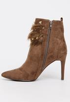 Sissy Boy - Studded Pointy Ankle Boots Dark Brown