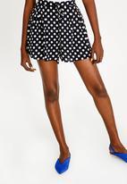 Brave Soul - Tie Belt Polka Dot Shorts Navy