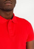 STYLE REPUBLIC - Piquet Golfer Red