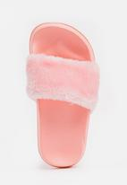 POP CANDY - Faux fur sliders - pink