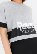 Reebok Classic - Cropped Tee Grey