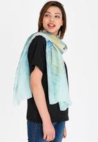 STYLE REPUBLIC - Washed Print Scarf Blue