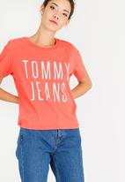Tommy Hilfiger - Cropped Logo Tee Peach