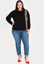 STYLE REPUBLIC PLUS - Patterned Inset Blouse Black