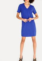 c(inch) - V-Neckline T-Shirt Dress Blue