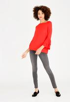 ONLY - Mila Ruffle Top Red