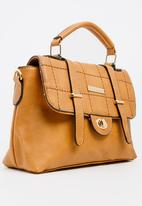 BLACKCHERRY - Quilted Satchel Tan