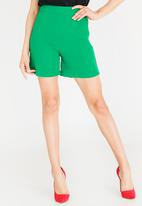 STYLE REPUBLIC - Structured Shorts Green