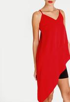STYLE REPUBLIC - Asymmetrical Cami Red