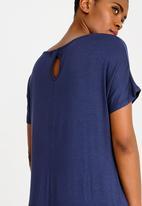 edit - Short sleeve keyhole detail dress - navy