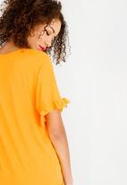 c(inch) - Frill Sleeve T-Shirt Yellow