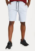 STYLE REPUBLIC - Raw Edge Skinny Leg Short Pale Blue