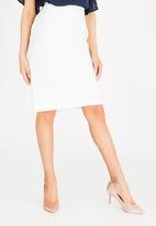 edit - Pencil skirt with back zip closure - white
