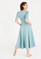 STYLE REPUBLIC - Volume Fit and Flare Maxi Dress Mint