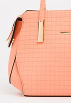 BLACKCHERRY - Structured Tote Bag Pale Pink