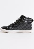 STYLE REPUBLIC - Quilted PU Hi Top Sneakers Black