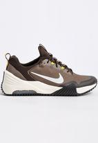 Nike - Air Max Girgora Mid Brown