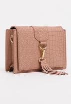 STYLE REPUBLIC - Tassel Detail Slingbag Pale Pink