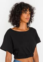 c(inch) - Cropped T-shirt Black