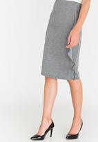 edit - Pencil Skirt with Frills Black and White
