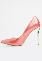 Cherry Collection - Patent Pointy Courts Pale Pink