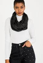 STYLE REPUBLIC - Lurex Snood Black
