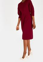 edit - 3/4 Lantern sleeve dress - red