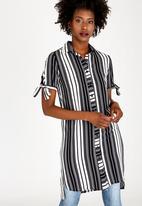 edit - Button Down Shirt Dress Black and White