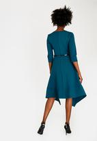 edit - 3/4 Sleeve Fit and Flare Dress Mid Green