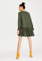 c(inch) - Volume Choker Neckline Dress Green
